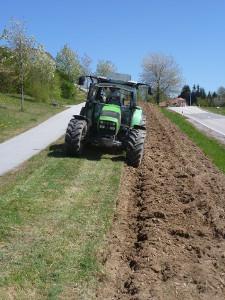 Traktor von vorne